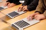 Màn hình mini LED ngày càng trở nên phổ biến trong tương lai  /// Ảnh: Reuters